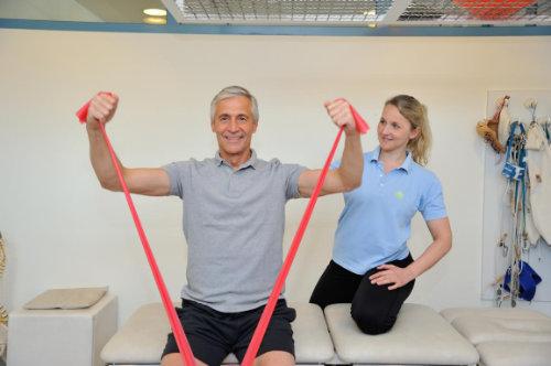 Physiotherapie im Rahmen der Rehabilitation für die Wirbelsäule